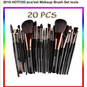 Other - 20 piece make up brushes-makeup bag for free
